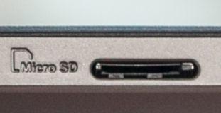 Разъем для карт памяти формата microSD.